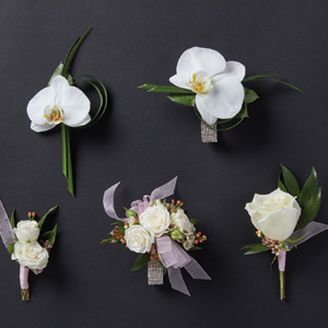 corsages and boutonnieres with white flowers